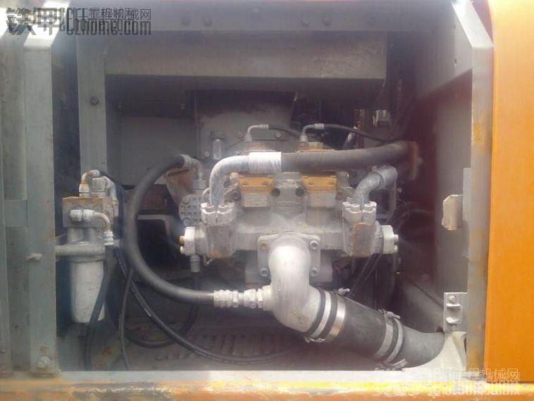日立 EX200-5 挖掘机 10000小时 25.5万 出售