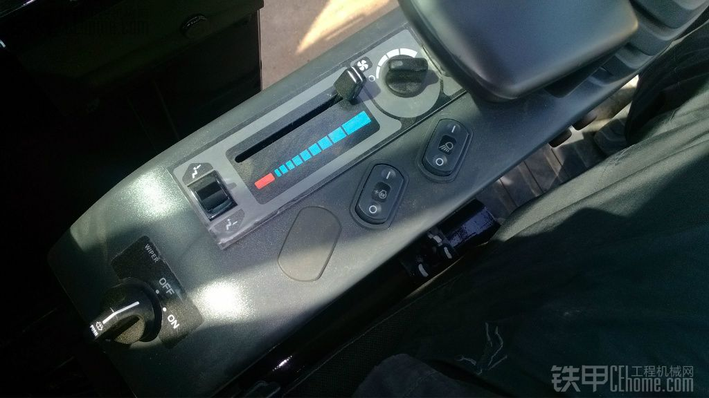 卡特306e提车作业+改装摄像头