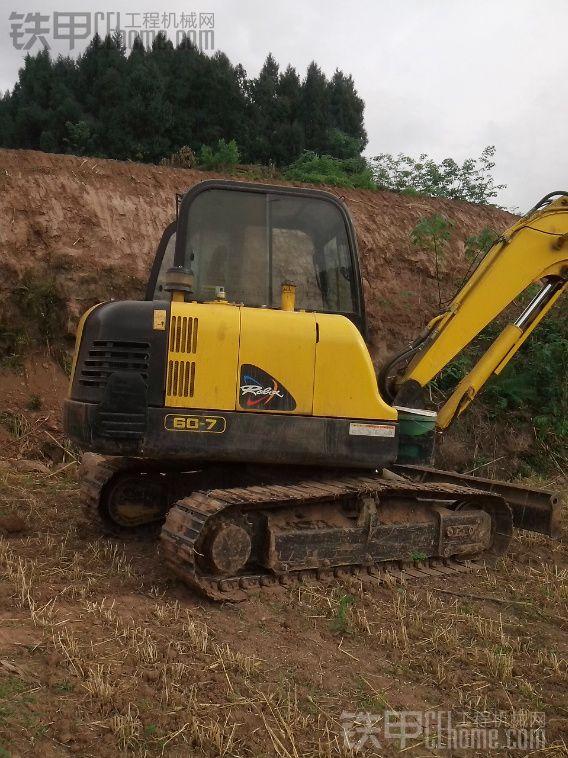 现代 R60-7 挖掘机 900小时 25.8万