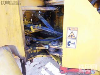 晋工753-2转向油缸油封更换纪实