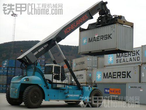 模型:港口集装箱正面吊(科尼)