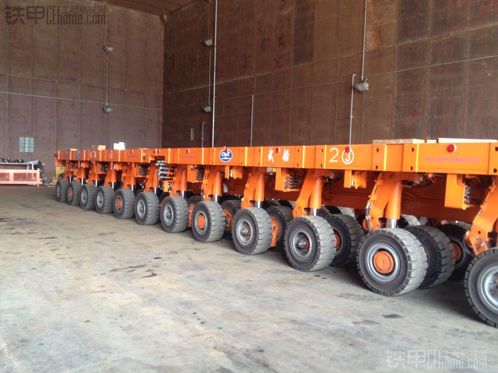 重型平板运输车