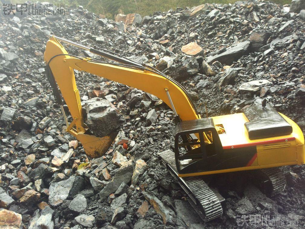 """液压""""卡特336d2挖掘机""""模型"""