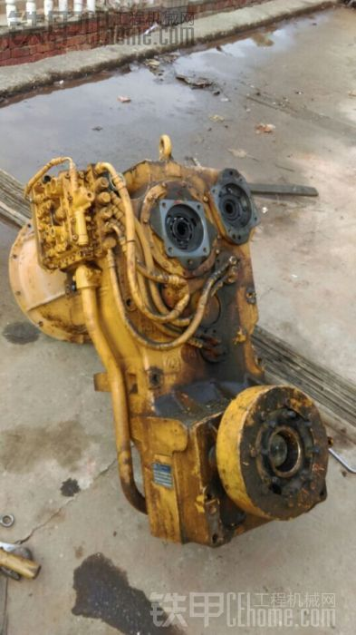 装载机用zf/采埃孚变速箱 甲油会修的报个名来!还有维修工时费!