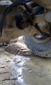 砂石厂铲车故障责任归属