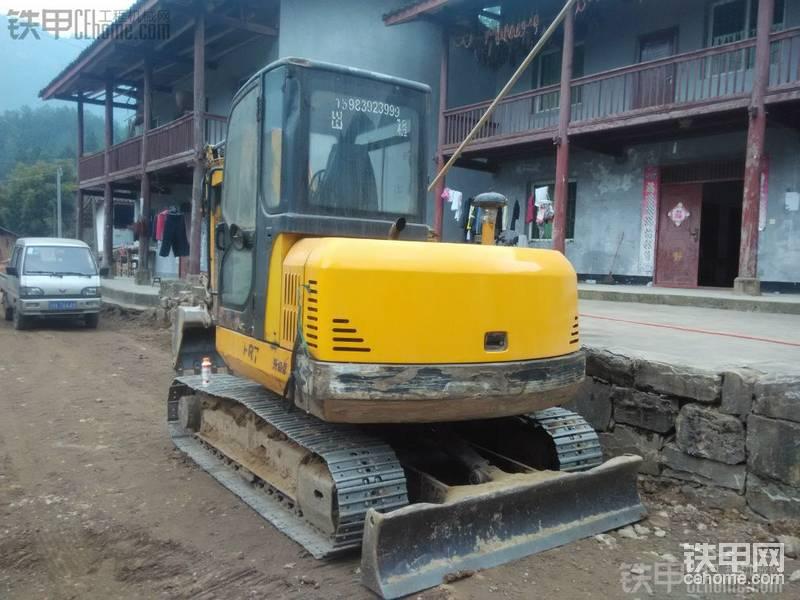 福田雷沃 FR65-7 二手挖掘机价格 11万 10190小时
