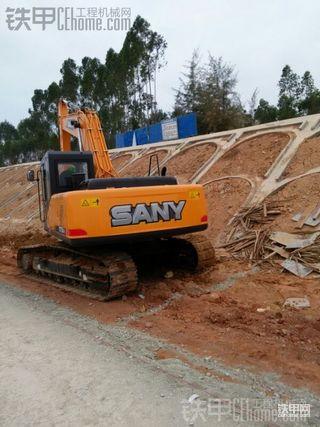 三一SY215C-9挖掘机 250小时使用报告