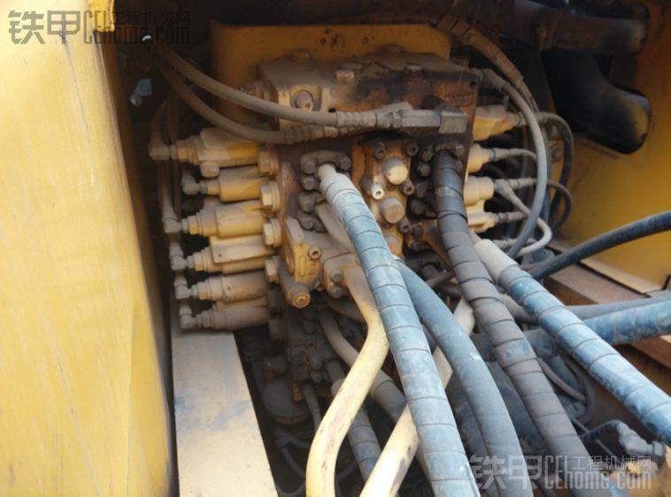 小松 PC270-7 二手挖掘机价格 39万 8000小时