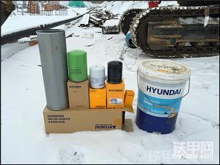 下雪天 现代110-7一千七百五十小时 保养记录
