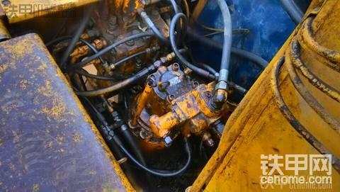 神钢 SK120-3 二手挖掘机价格 12.5万 10000小时