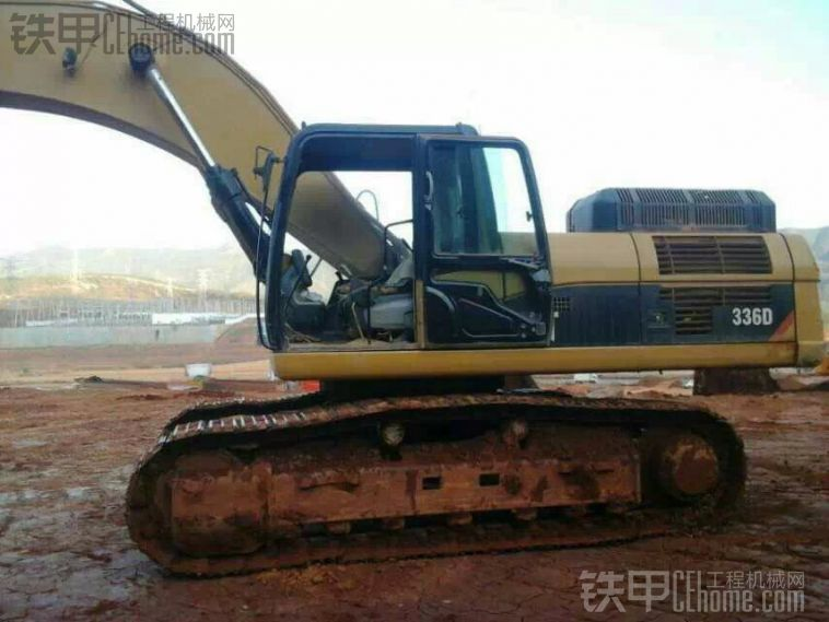 卡特彼勒 330D 二手挖掘机价格 52万 15000小时