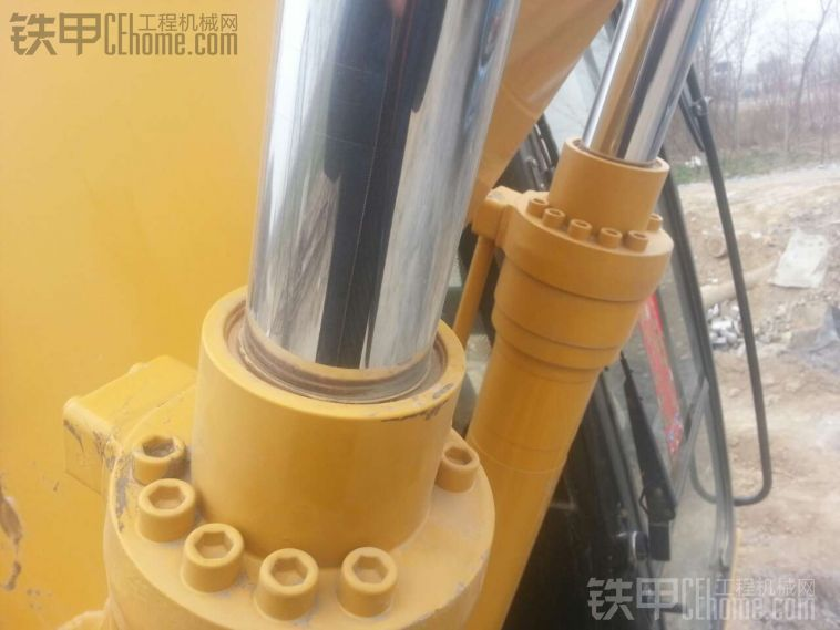 厦工 XG815LC 二手挖掘机价格 33万 1100小时