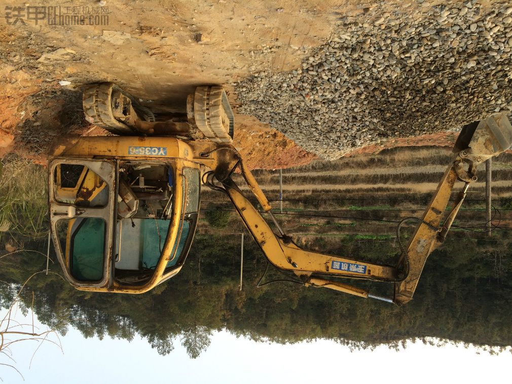 玉柴 YC35-6 二手挖掘机价格 3.88万 12000小时