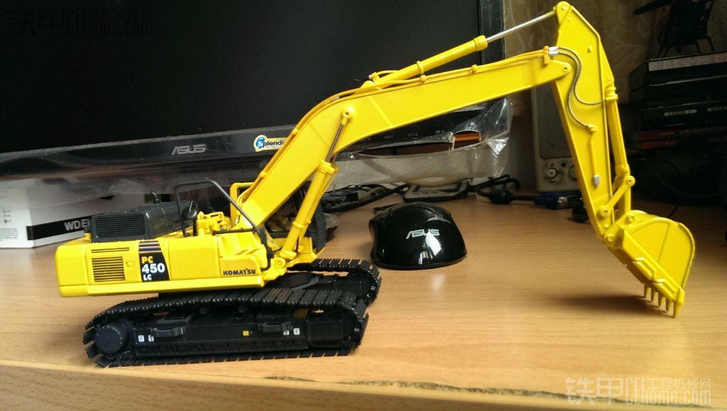 小松PC450LC 8挖掘机模型
