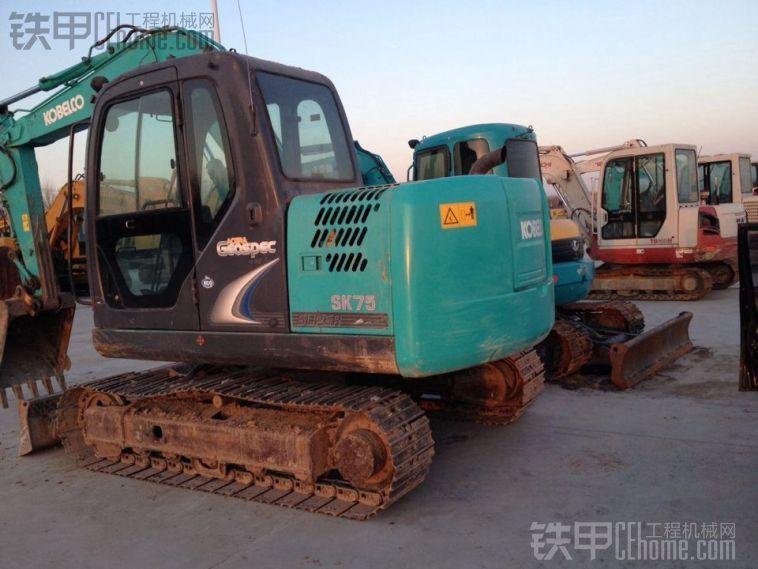 神钢 SK75 二手挖掘机价格 30万 3200小时