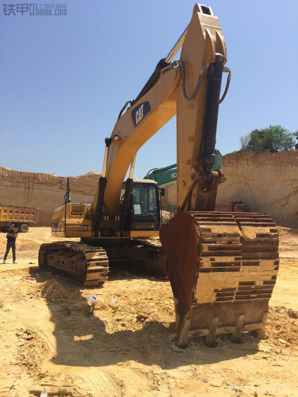 卡特彼勒 336D 二手挖掘机价格 139万 2000小时