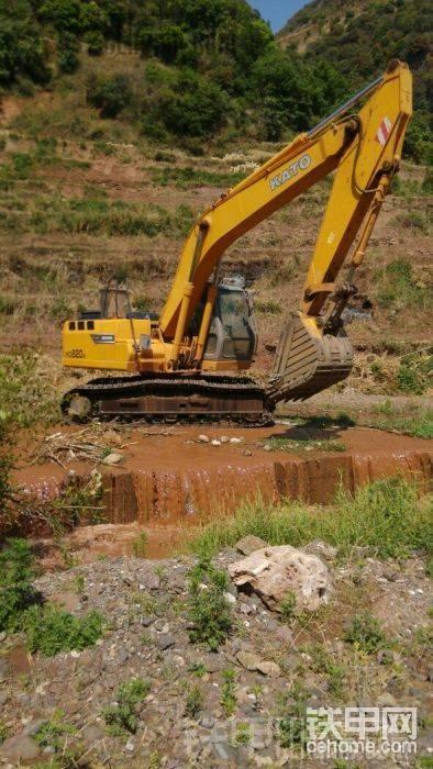 20T挖掘机一天8小时能翻多少地-帖子图片