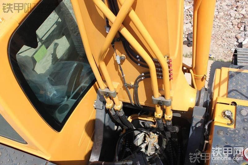 现代 R265LC-9 二手挖掘机价格 60万 600小时