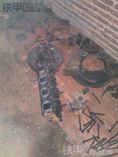缸头气门不知磨损怎样,明天有待检查。