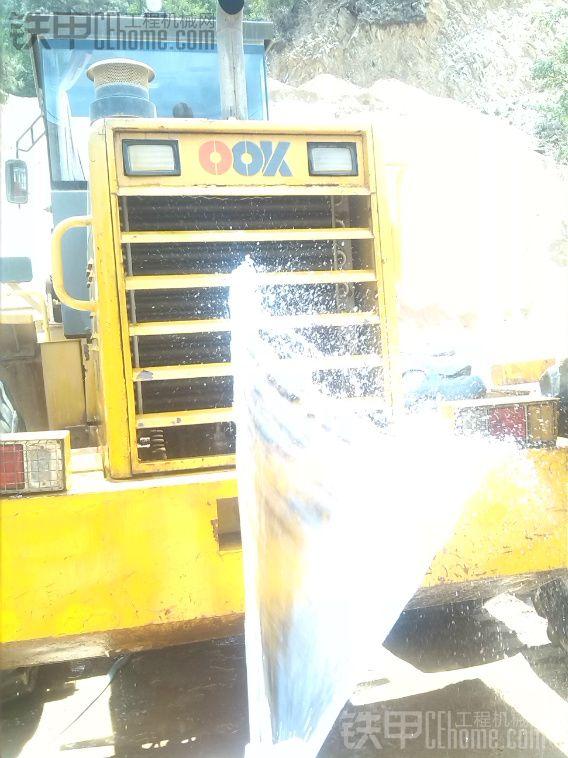 炎炎夏日,夏季高温装载机使用注意事项及保养