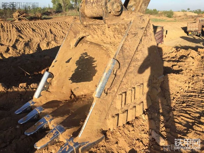 沃尔沃 EC290BLC 二手挖掘机价格 38万 8000小时-帖子图片