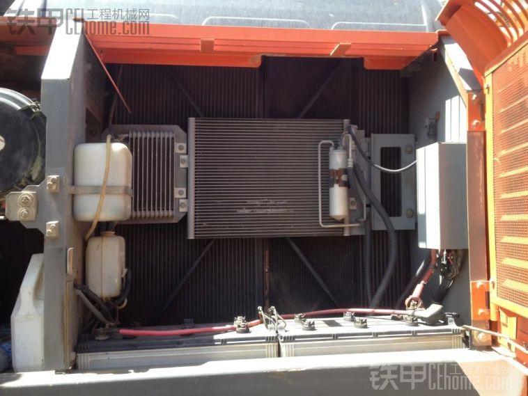 日立电喷ZX250挖机水温、液压油温都高是怎么回事