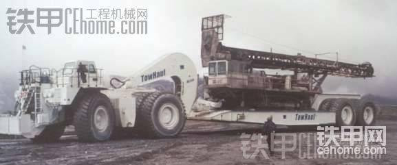 用来拉电铲的矿山车