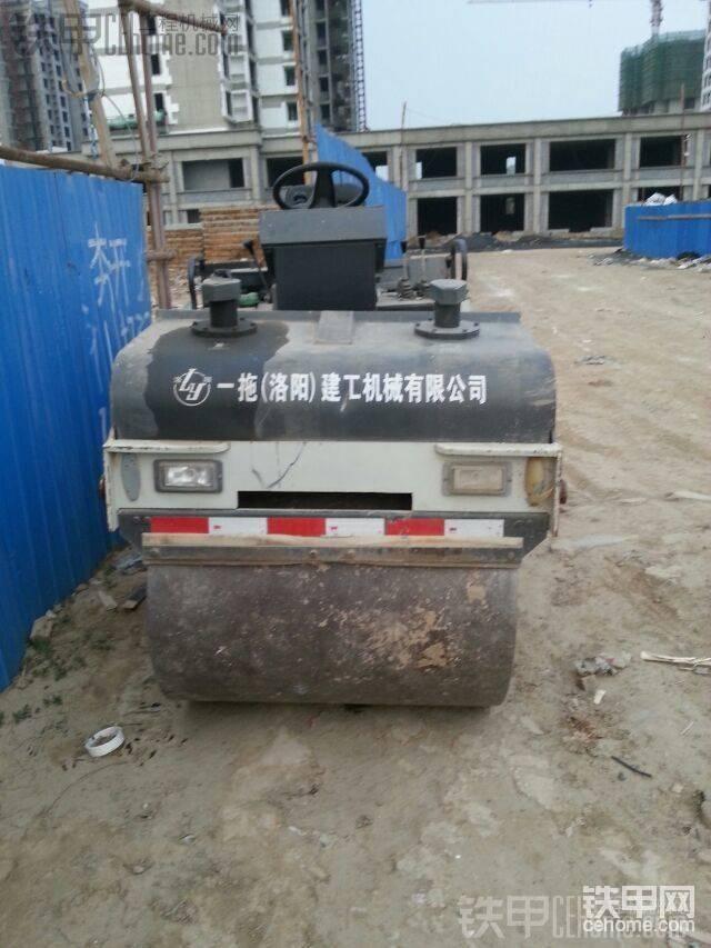 出售洛建4噸雙鋼輪壓路機-帖子圖片