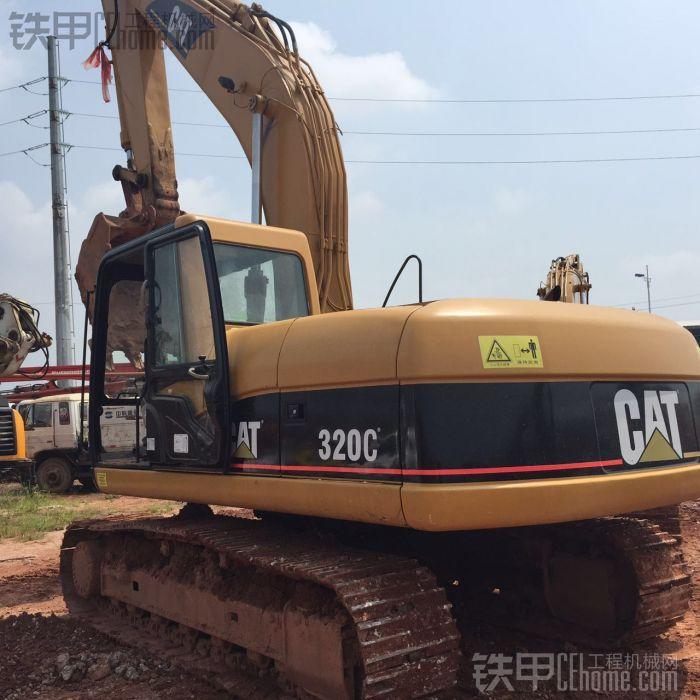 卡特彼勒 320C 二手挖掘机价格 27万 6000小时