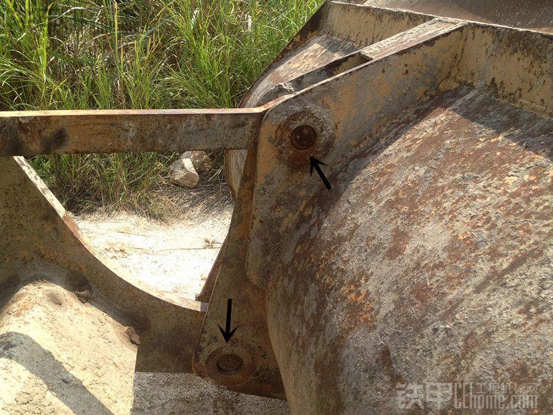 挚爱临工之老铲车的铲斗操作