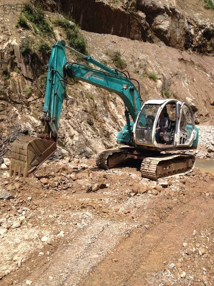 神钢 SK120 二手挖掘机价格 12万 20000小时