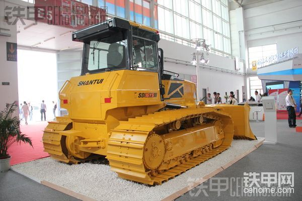 2015北京工程机械展-盘点热门推土机
