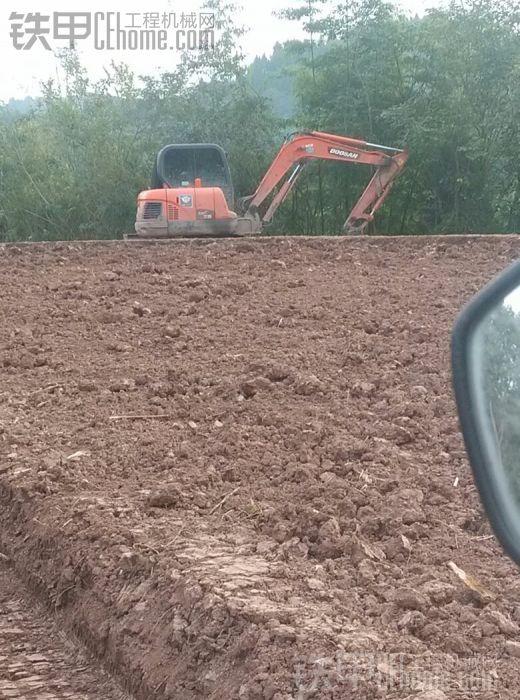 乐至防生二大队!哪位甲油勒挖挖机