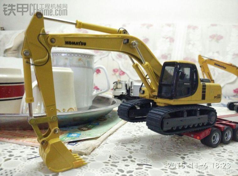 小松200-6进口模型改造完成