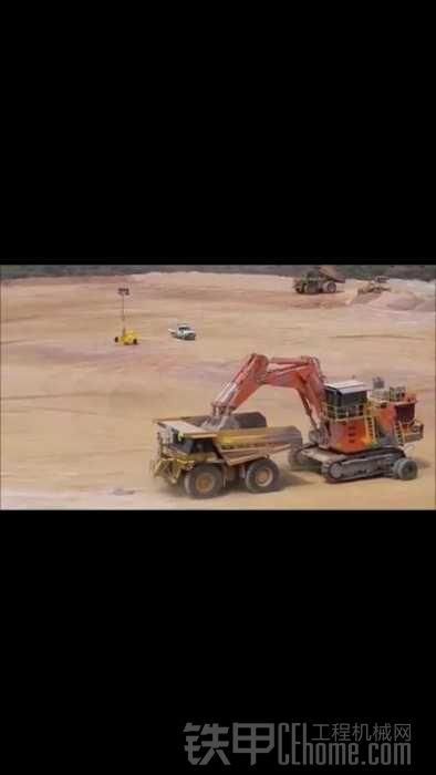 这挖机走一趟不容易啊..