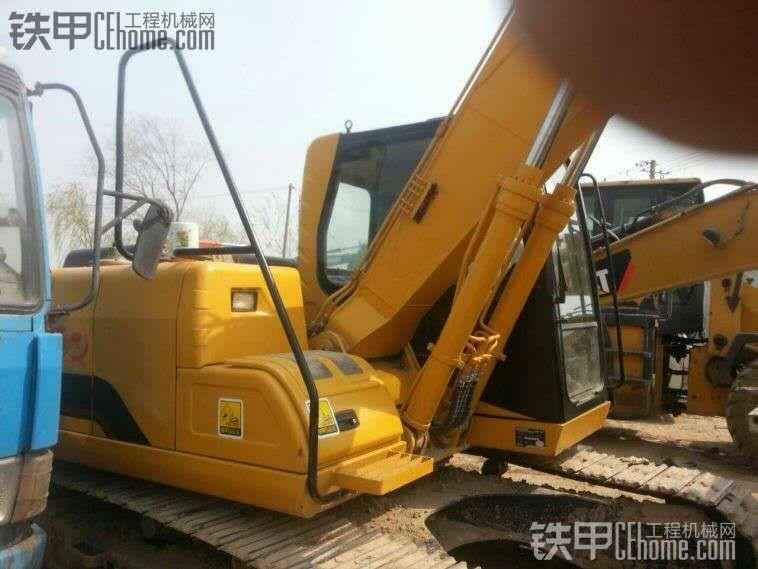 厦工 XG815LC 二手挖掘机价格 26万 1700小时
