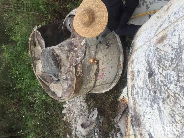 拆混泥土搅拌车的罐子,亏本了。-帖子图片