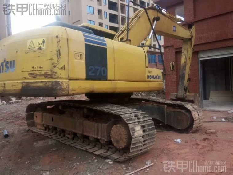 小松 PC200-3 二手挖掘机价格 34万 9000小时