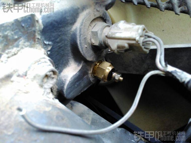 水温传感器问题._铁甲工程机械论坛