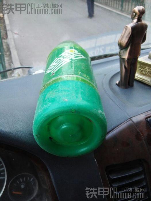 都来看看 谁有这样的瓶子
