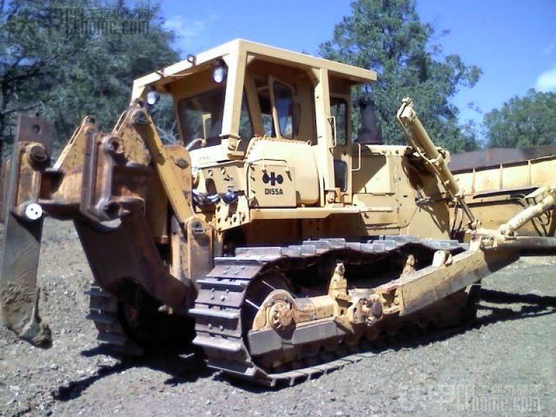 老款小松D155A