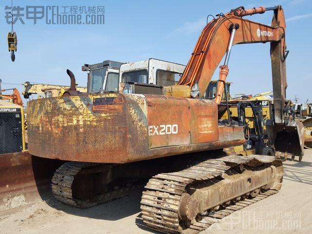 求购日立EX200-1挖掘机,老款,-2-3不要 QQ 1745641645