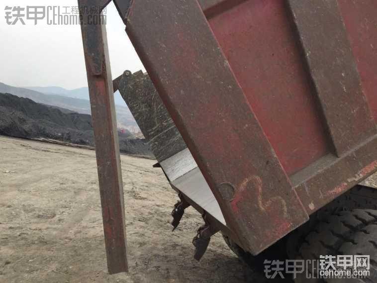 矿山自卸车-帖子图片
