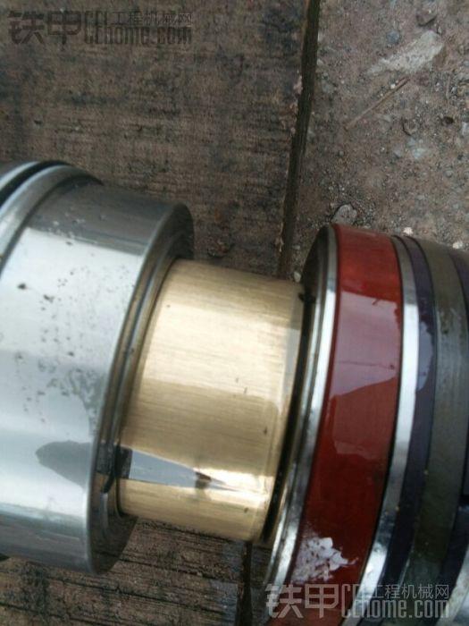 这个是减震套,也就是液压油缸到顶上时候,液压油道突然变小,产生节流,让速度变慢不 ...