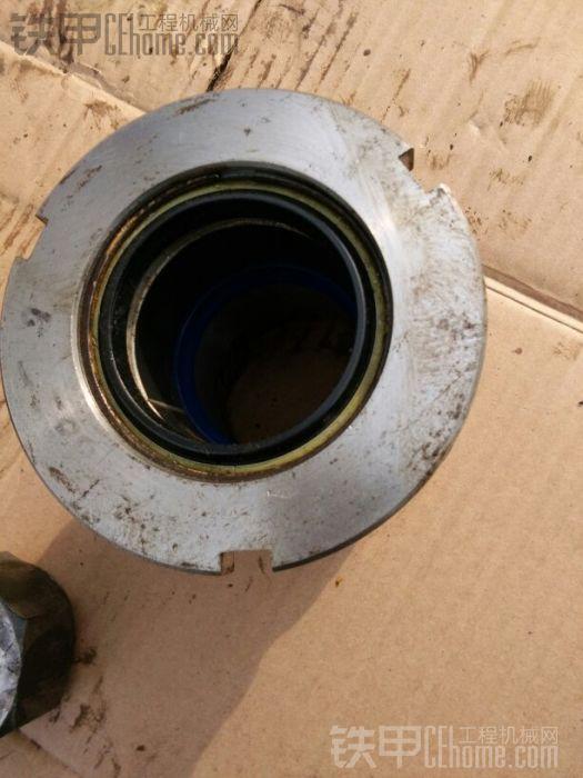 缸头油封换了好几次,每次都管不了几次,所有这次把缸头也一起换掉,