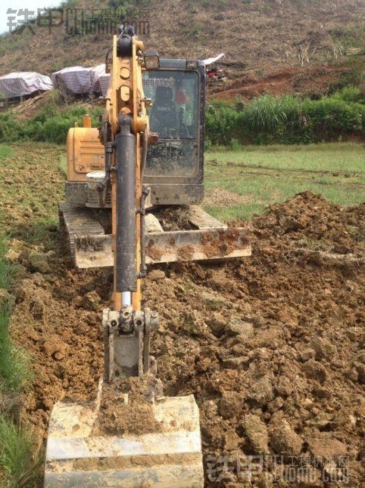 日立 ZX70国产 二手挖掘机价格 23万 6800小时