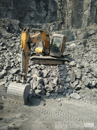 二手徐工XE150D挖掘机一个月使用报告