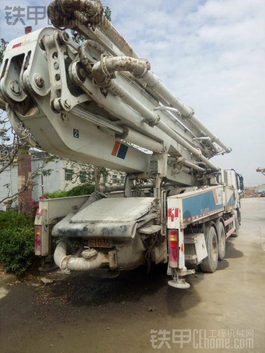 出售10年47米泵车奔驰中联3桥车好 - 76万18515668697
