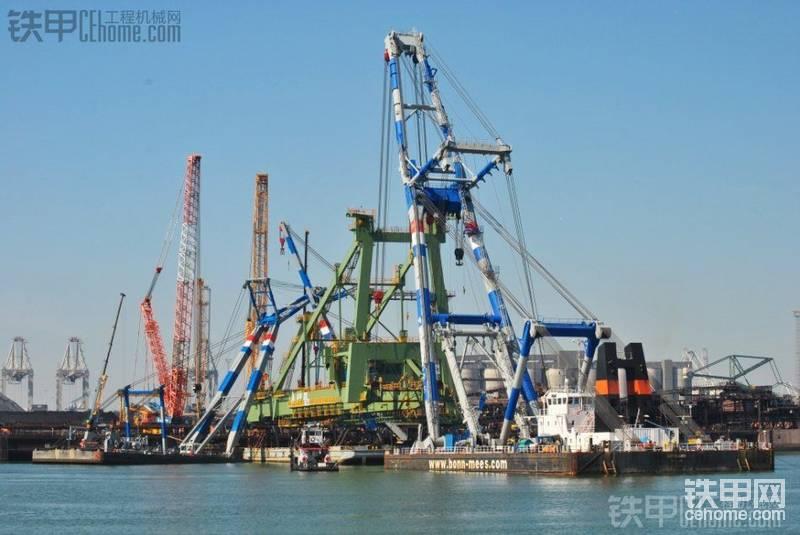港區龍門吊的吊裝-帖子圖片