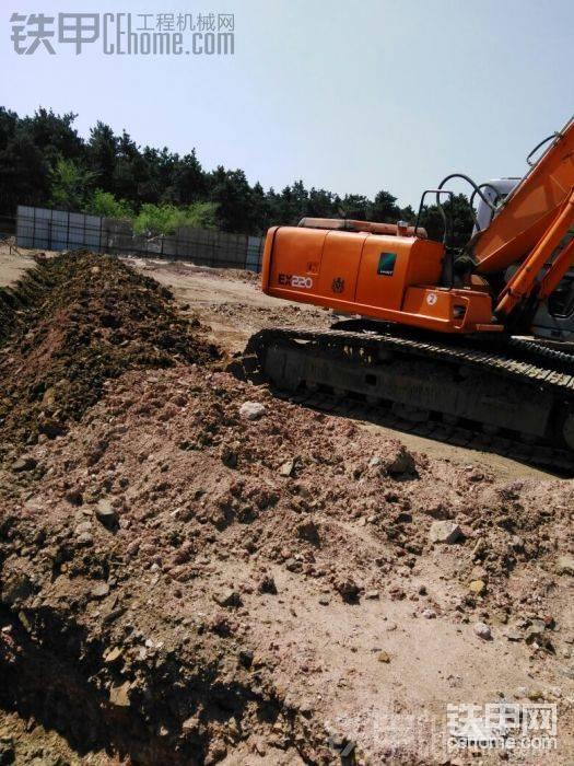 求够4-7万的200型挖机